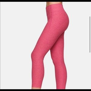 Outdoor Voices Pants - Outdoor voices 3/4 length warmup legging flamingo